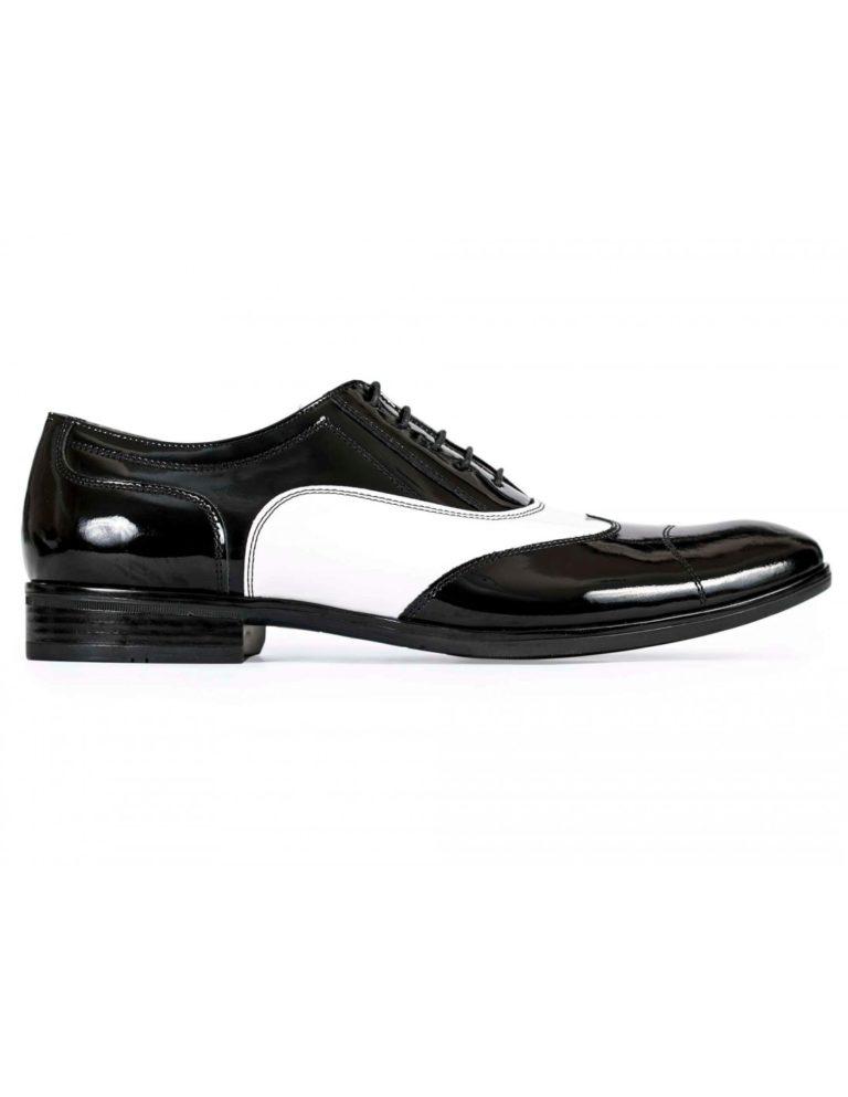 Brogsy, to klasyczne buty dla prawdziwego mężczyzny